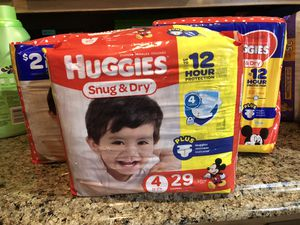 Huggies Diapers Sz 4 for Sale in Fort Washington, MD