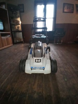 Hart self propelled brushless electric 40V MOWER for Sale in Canton, OH