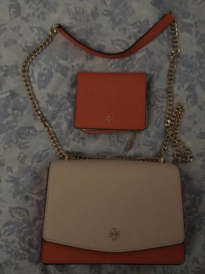 Tory burch purse and wallet for Sale in Orlando, FL