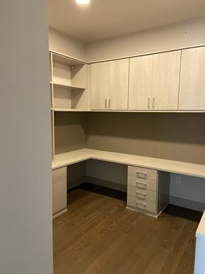 **make offer** QUICK SELL custom office workspace for Sale in Dallas, TX