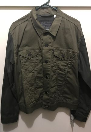 Brand New Levi denim army green jacket size medium for Sale in Laurel, MD