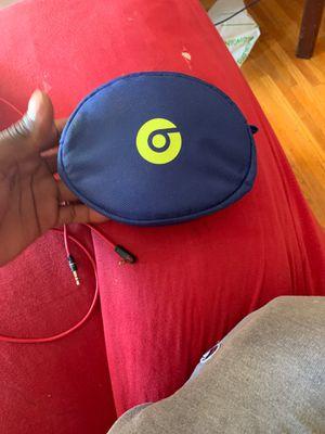 160 beats solo 3 Bluetooth beats for Sale in Philadelphia, PA