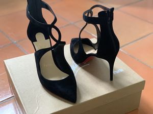 Christian Louboutin Pumps! Brand new, never been worn! 30% OFF! for Sale in Austin, TX