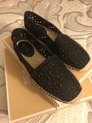 Michael Kors Darci Slip on- Size 7.5- Black for Sale in National City, CA