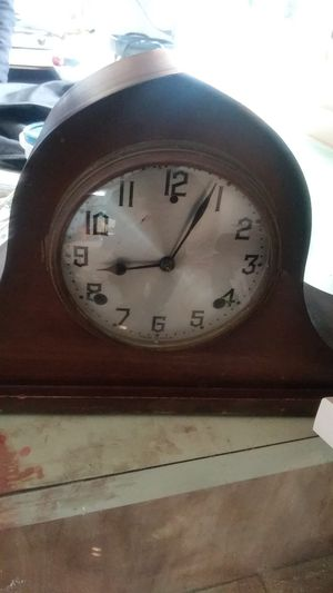 Antique mantle clock for Sale in Woodside, CA