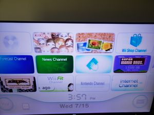 Wii with the box for Sale in Bloomfield Hills, MI