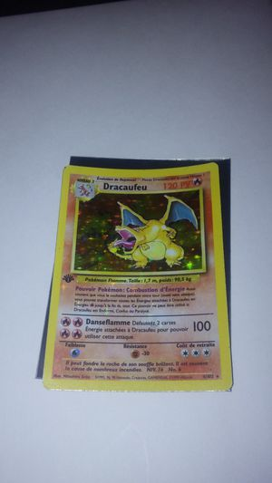 First edition Dracaufeu [Charizard] Base set error holo bleed Pokemon card for Sale in Canton, IL