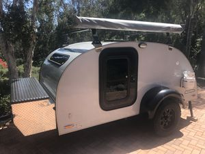 Lil Guy teardrop camper in pristine condition for Sale in RCHO SANTA FE, CA