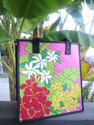Plumerias\Tahitian Tiare\Banana leaves insulated tote for Sale in Stockton, CA