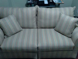 Like New ! Couch Which Pulls Out To A Full Bed for Sale in Newton,  MA