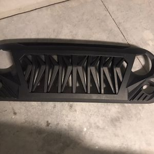 Jeep Rear Bumper And Grill for Sale in Kissimmee, FL