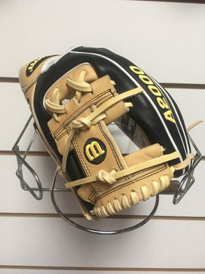 "Wilson A2000 11.5"" Infield Baseball Glove 2020 for Sale in West Palm Beach, FL"