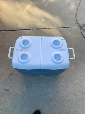 Rubbermaid cooler for Sale in Escondido, CA