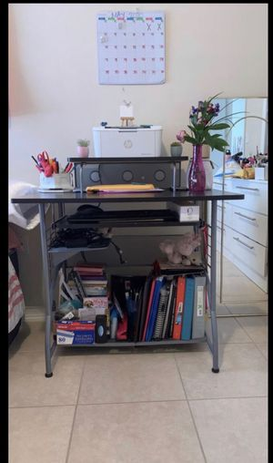 Black office desk with chair for Sale in Hialeah, FL