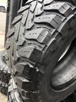 33/12.50R18 Toyo M/T tires (4 for $340) for Sale in Santa Fe Springs, CA