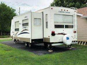 2006 Keystone PRICE $14OO URGENT-FOR SALE Travel Trailer❗❗ for Sale in Boston, MA