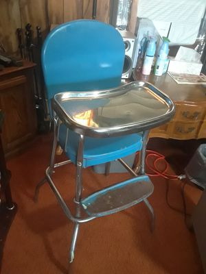 60 's Antique Baby Highchair 50. for Sale in Princeton, TX