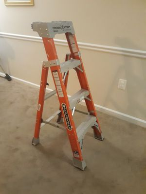 Ladder good condition, buena escalera for Sale in Alexandria, VA