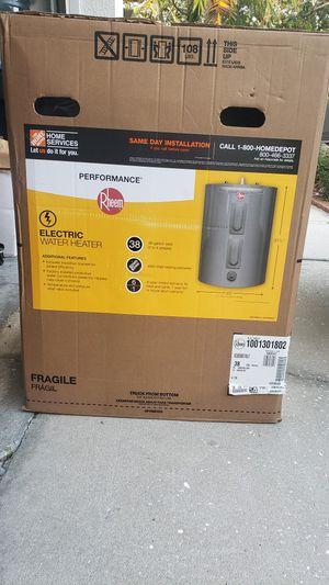 Rheem Water heater for Sale in Alafaya, FL