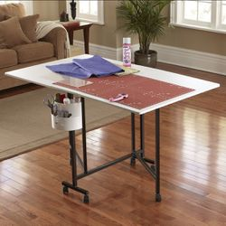 Sullivan's Home Hobby Foldable Craft Table- Sewing Quilting Crafting! Excellent Condition for Sale in Wilsonville,  OR