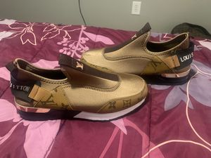New shoe Louis Vuitton for Sale in Spring, TX