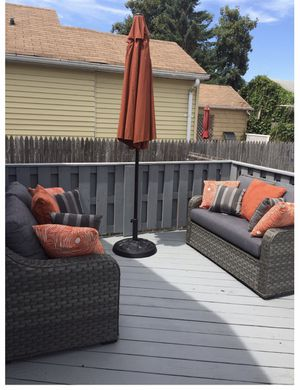 Patio Furniture Set (1 small seat is missing from pic) for Sale in Floral Park, NY