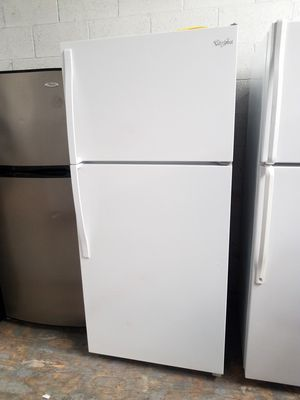 TOP FREEZER FRIDGE🍄🍄 for Sale in Lakewood, CA