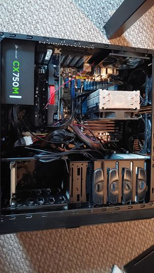 Asus P8P67DELUXE intel i5-2500k LGA1155 ASUS dtx 2gb650 GRahic cart I can sell for parts for Sale in Schiller Park, IL