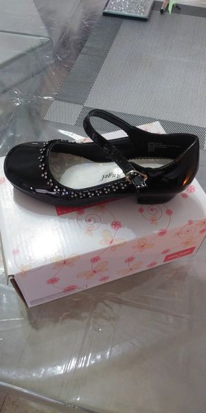 Black patent leather girls shoes for Sale in Hialeah, FL