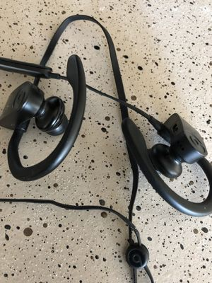 Beats Powerbeats 3 works great with charger for Sale in Dallas, TX