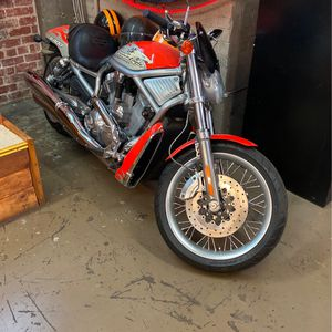 Harley Davidson Screamin Eagle V-Rod for Sale in Fresno, CA