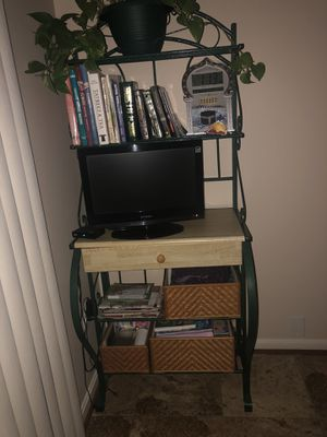 Shelve with lots of storage for Sale in Bristow, VA