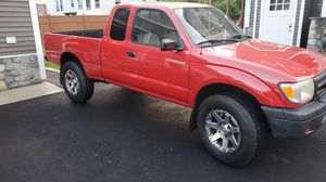 1999 Toyota Tacoma sr5 extra cab for Sale in East Haven, CT