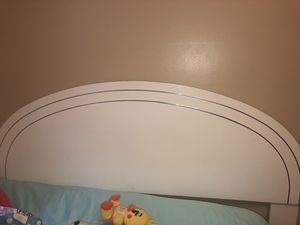 Queen size bed with white headboard and frame for Sale in Blairsville, PA