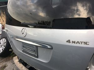 Mercedes gl450 for parts for Sale in Miami, FL