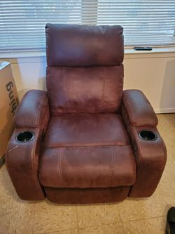 Recliner for Sale in San Angelo,  TX