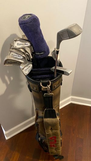 Golf clubs (PowerBilt TPS 6.0 Right Handed) for Sale in Chicago, IL