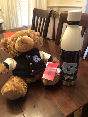 UNC Tarheels stainless steel water bottle and plush bear - NEW for Sale in Fuquay-Varina, NC