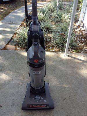 Hoover vacuum for Sale in Saint Petersburg, FL