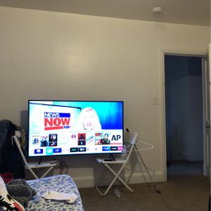 Tv Samsung Series 6 for Sale in Baltimore, MD