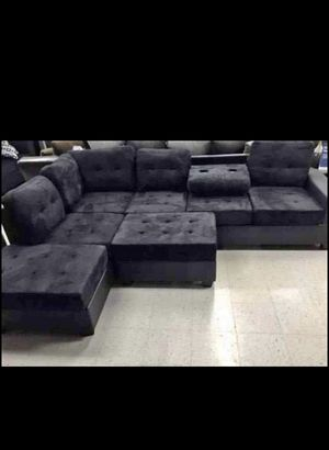 Black selectional couch for Sale in Houston, TX