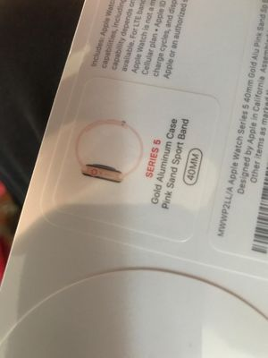 Apple watch series 5 40mm with LTE for Sale in San Pablo, CA