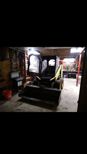 Mustang 940 for parts.. must have same machine for repair for Sale in Chaplin, CT