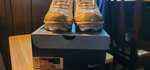 Sz 10 Nike Air Vapormax 360 - white & Gold for Sale in Reynoldsburg, OH