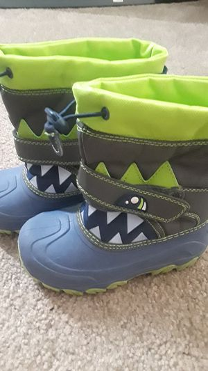 Kids size 12 Shark snow boots for Sale in Surprise, AZ