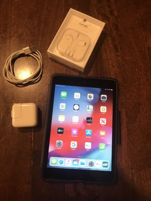 iPad Mini 2 (32GB), Cellular + Xtras for Sale in San Diego, CA