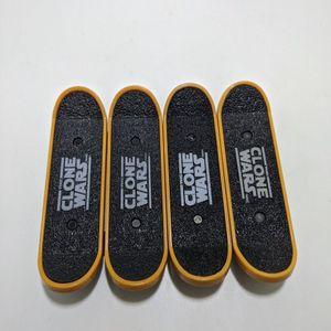 (4) Star Wars Clone Wars Mini Skateboards Obi Wan Anakin McDonalds Toys 2010 for Sale in Elko, MN