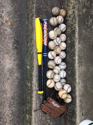 Baseballs , baseball glove, and 2 bats for Sale in Fort Worth, TX