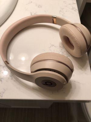 Beats Solo 3 for Sale in Tacoma, WA