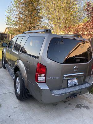 Nissan Pathfinder for Sale in Bakersfield, CA